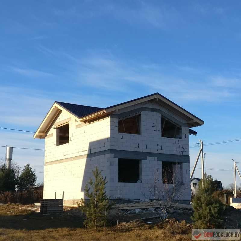 Дом из газосиликата с металлочерепицей