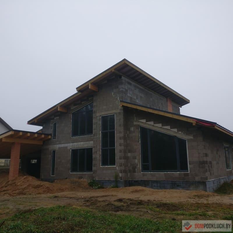 Построенный дом из керамзитобетонных блоков