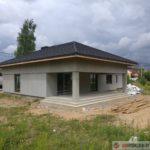 Одноэтажный дом с открытой террасой