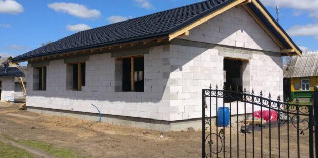 Строительство одноэтажного дома с модульной кровлей